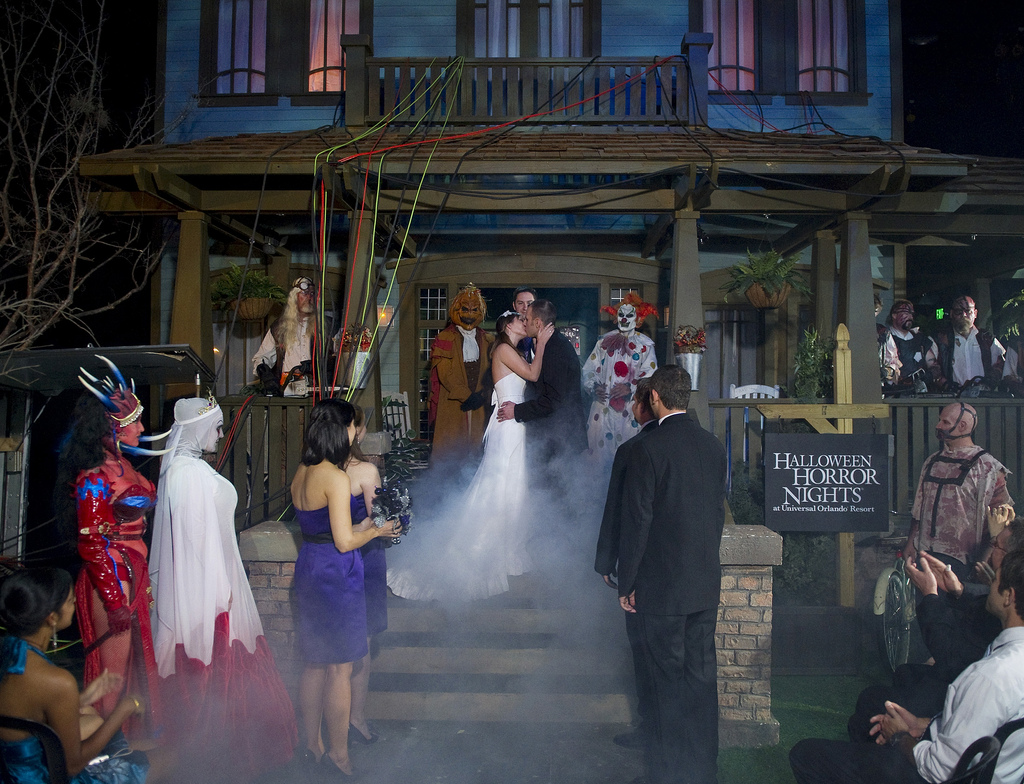 hhn xx a halloween horror nights wedding the hhn yearbook